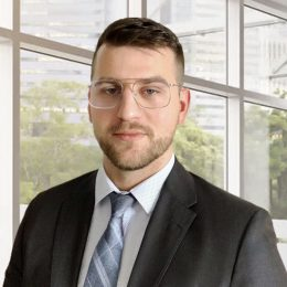 Project Manager Dominik is our company's main project leader, with a master's degree in IT Management and years of experience in Financial Management and Pricing Management in IT Corporation.